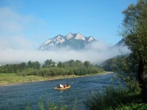 Ráno na Dunajci pod Tromi korunami